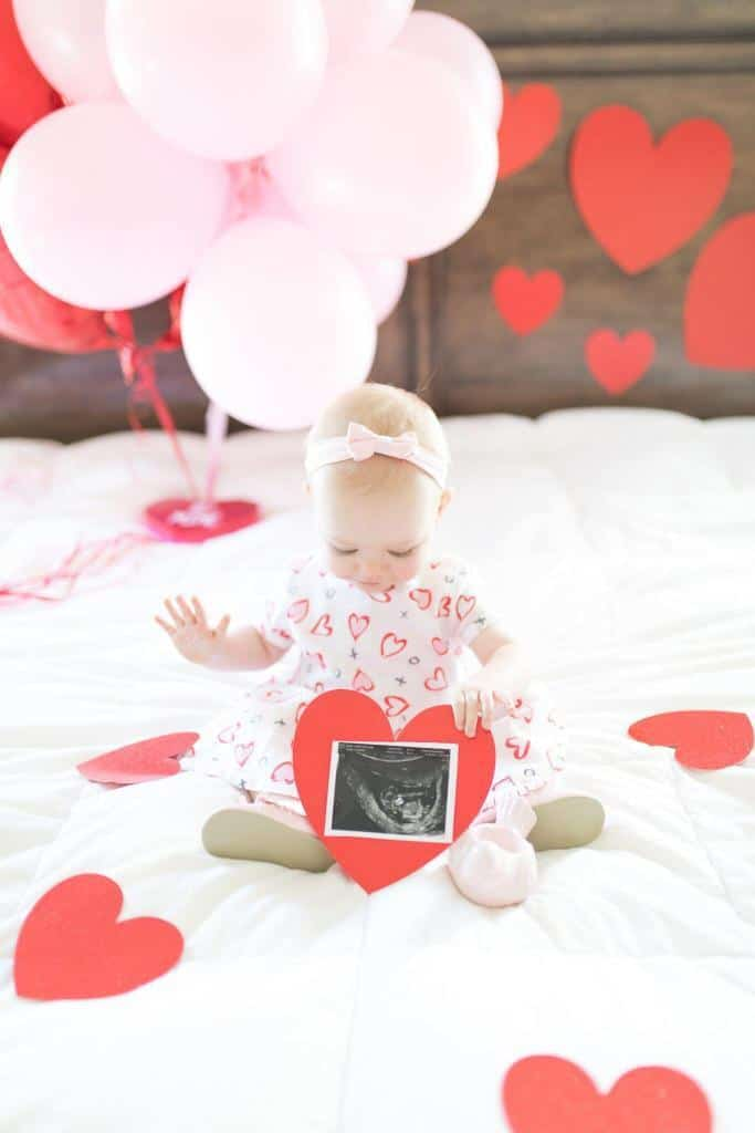 pregnancy announcement using your first born child to announce the pregnancy of the second child on Valentine's Day