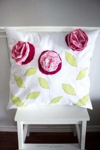 the best diy gifts for mothers day an easy throw pillow made with old aby
